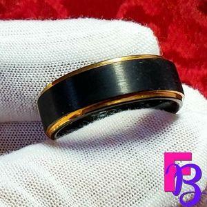Size 10.5 Mens Black Tungsten Ring